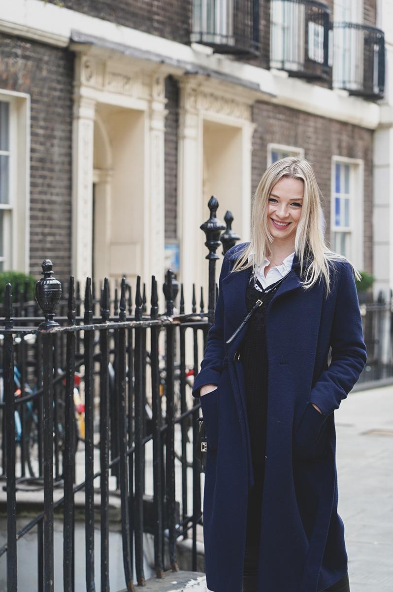 Elvira Azimova the best professional photographer for bloggers London the UK