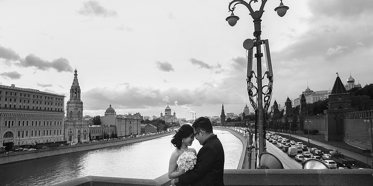 Elvira Azimova photographer tours Moscow Russia